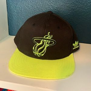 MIAMI HEAT Neon SnapBack Hat